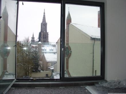 ++ Perfekte Drei-Zimmer-Wohnung mit Loggia ++