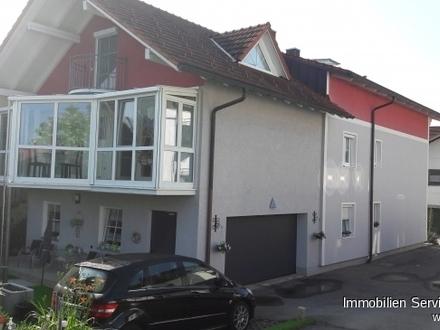 Gelegenheit! Renoviertes 2-Familienhaus (Mehrgenerationenhaus) in ruhiger, dörflicher Lage!