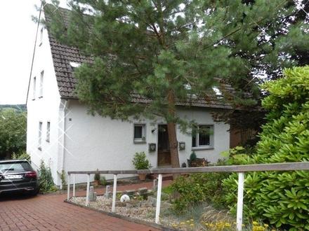 2- Familienhaus mit traumhaften Garten und Aussicht