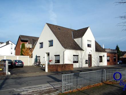 Kapitalanlage: 4-Familienhaus in zentraler Ortslage.