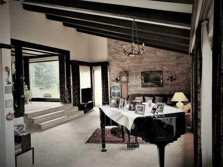 Außergewöhnliches Haus in Traumlage, Aichelberg