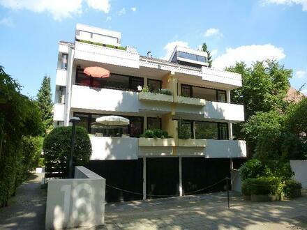 Schöne Zwei-Zimmer Wohnung mit EBK und Balkon in ruhiger Lage Schwachhausens
