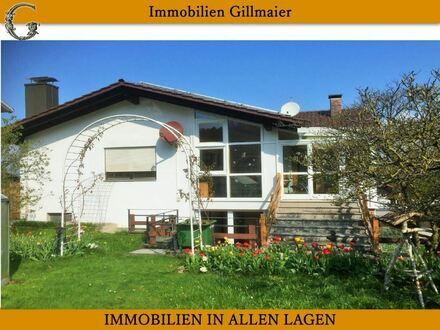 Immobilien Gillmaier - Großzügiges EFH mit Einliegerwohnung & PV-Anlage!