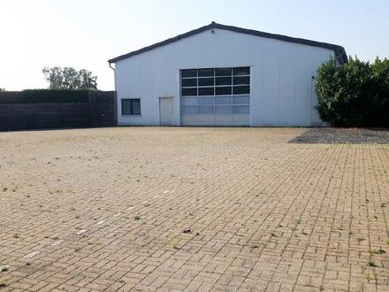 Halle mit großzügigem Wohnhaus im Mischgebiet von Sendenhorst!
