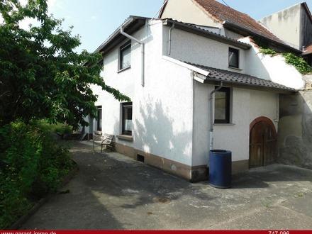 Einfamilienhaus + Bauplatz in 2. Reihe, in vielleicht einer der schönsten Lagen von Pfeddersheim