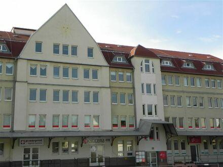 Moderne Büroflächen in Universitätsnähe und eigenem Parkplatz