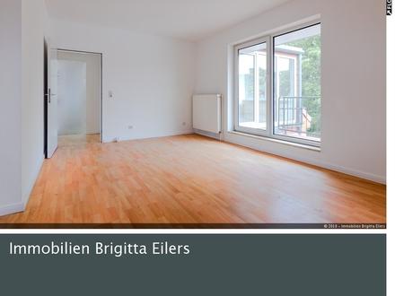240 m² Wohnfläche verteilt auf 3 ETW´en mit separatem Hauseingang und 2 Stellplätzen!