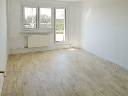 Liebevoll renovierte 3-Zimmer-Wohnung, mit Balkon! Neumietergutschein sichern!