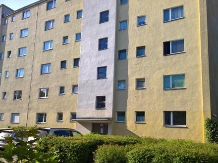Ihre Investment-Möglichkeit: vermietete Eigentumswohnung in Berlin-Spandau