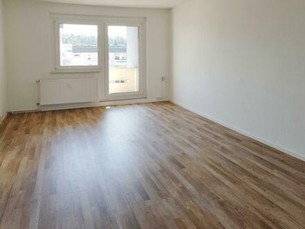 3-Raum-Wohnung mit Balkon!
