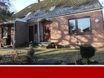 Zweifamilienhaus in dörflicher Umgebung von 23701 Ekelsdorf
