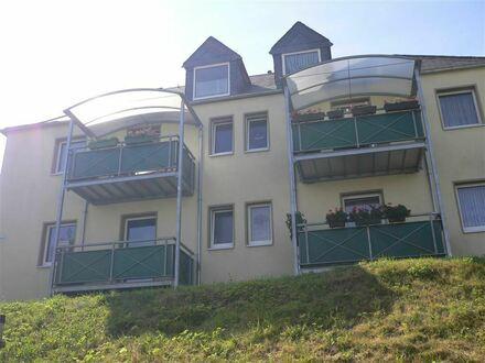 Schöne 3 Raumwohnung im Dachgeschoss mit 2 Balkonen!