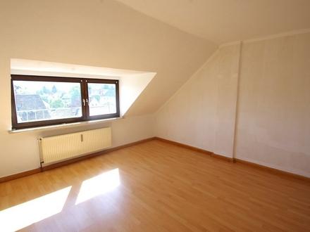 Helle, gepflegte 3-Zimmer-Dachgeschosswohnung im Stadtgebiet von Coburg