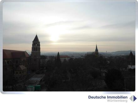 Panoramaaussicht: Außergewöhnliche 2,5 Zimmer DG Wohnung in Bad Cannstatt