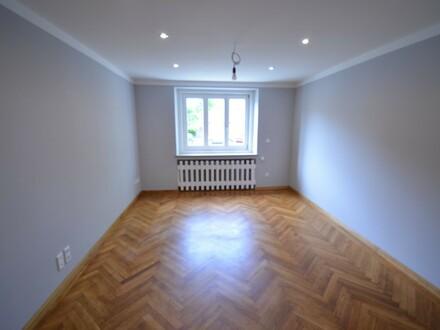 Herrliche 100 m² Wohnung am Rande des Nibelungenviertels, vollständig saniert mit Altbauflair
