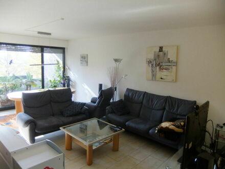 Polsum ... in guter Nachbarschaft ... 4,5-Raum-Wohnung ... 2 Loggien ... 1 TG-Stellplatz