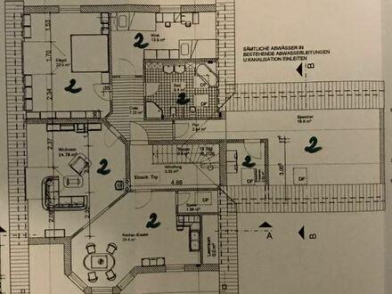 4-Zimmer-Nichtraucherwohnung im 1.OG mit Balkon zzgl. 40,00 Euro für Garagenstellplatz
