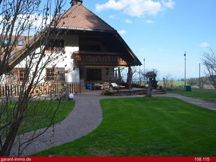 - Exklusives Landhaus mit Alpenblick -