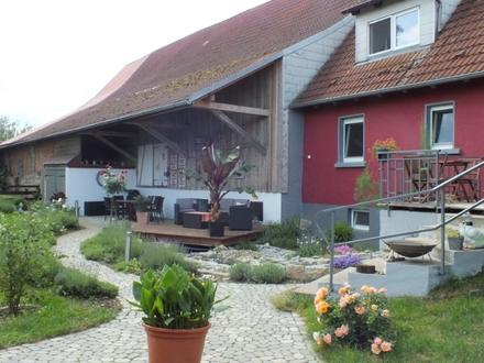 Top renoviertes Landhaus mit Pferdestall, Scheune und angrenzender Koppel in TO Schrozberg