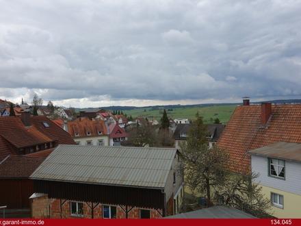 Renovierungsbedürftiges Mehrfamilienhaus, 1a Lage in Bonndorf