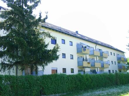 Gut vermietete 2-Zimmer-Dachgeschosswohnung