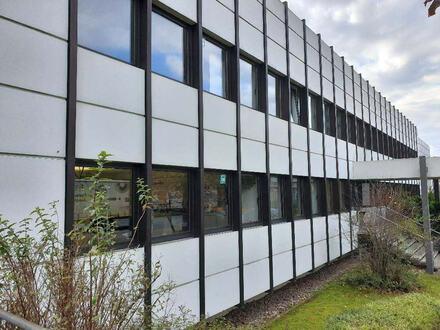 Attraktive Büroräume mit ausreichend Stellplätzen