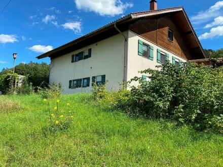 Zweifamilienhaus nah an der Natur!