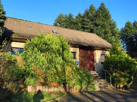 Familien-Wunder am Privatweg in BI-Jöllenbeck!