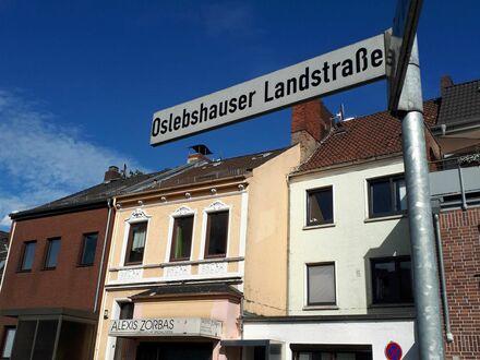 Reihenmittelhaus in Bremen-Oslebshausen (EG, Wohnung im OG und Einliegerwohnung im KG)