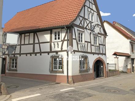 Wohn - und Geschäftshaus im Ortskern