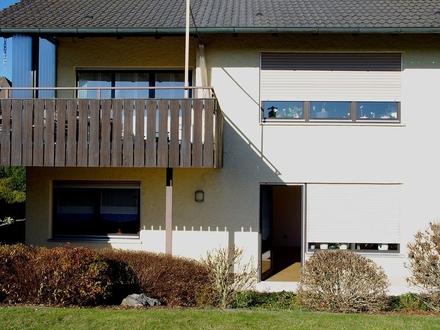 Sonnige 2-Zimmer-Wohnung mit Terrasse und Einbauküche in Unterlauter