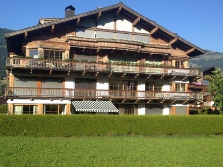 KITZBÜHEL-ZENTRUM: Nähe Ganslernlift: Gartenetage auf 335 qm Wohnfläche und Blick auf die Streif