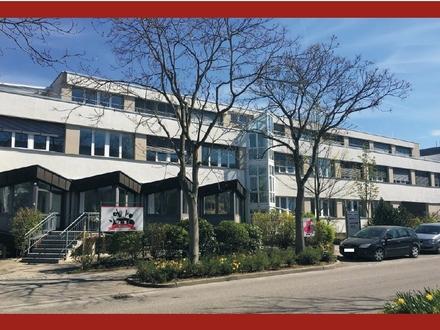 """Ansprechendes Bürogebäude mit Kantine/Restaurant in der Degerlocher """"Tränke"""" zu vermieten!!"""