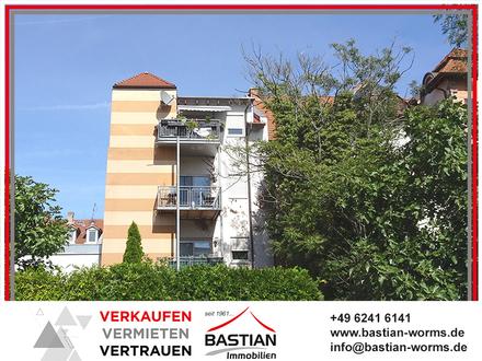 Modernität mit Altstadtflair: 3 Zimmer - 84,50 m² - Südbalkon - Stellplatz - Zentrumslage!