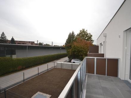 JOSEFIAU - Leben im Süden   Top ausgestattete 2-Zimmer-Terrassenwohnung