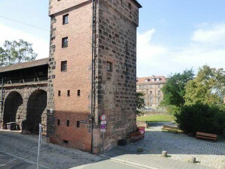 8 5 0,- für SOFORT freie 5 6 qm + geschützter BALKON- Loggia im Herzen der Altstadt auf Neubauniveau
