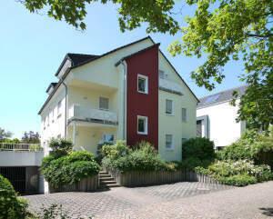 Attraktive 3-Zimmer-Erdgeschoss-Wohnung mit Gartenanteil