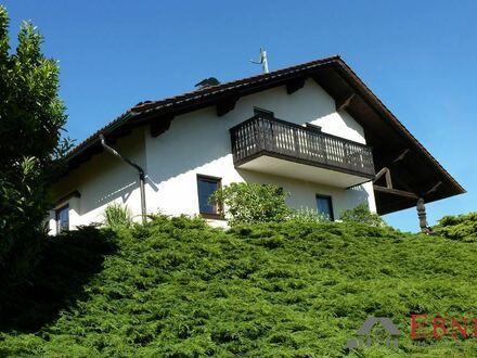 Wohnhaus in Viechtach - mit herrlicher Aussicht -