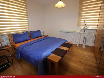 ***3 Zimmer-Wohnung im Herzen der Altstadt in ruhiger Nebenstraße, umfassend saniert mit Balkon***