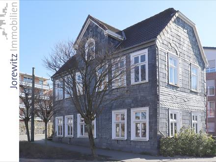 Das Schieferhaus - ein Stück Brackweder Geschichte: Denkmalgeschützte, freistehende Gewerbeeinheit