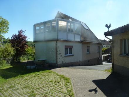 1 Fam. Wohnhaus mit Doppelgarage