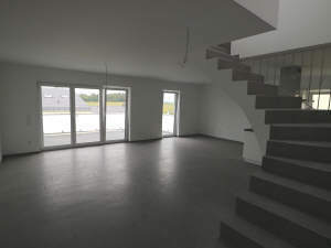 Außergewöhnliche Eigentumswohnung über zwei Etagen in toller Randlage