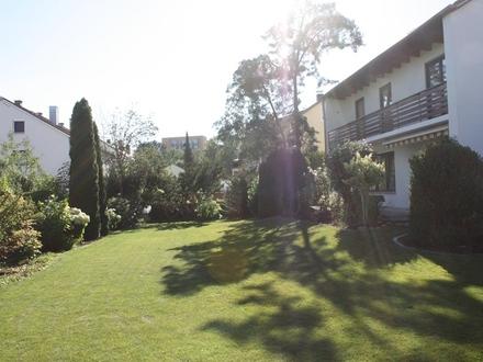 Erstbezug nach Sanierung: ansprechendes 6-Zimmer-Einfamilienhaus mit großem Garten in West, Landshut