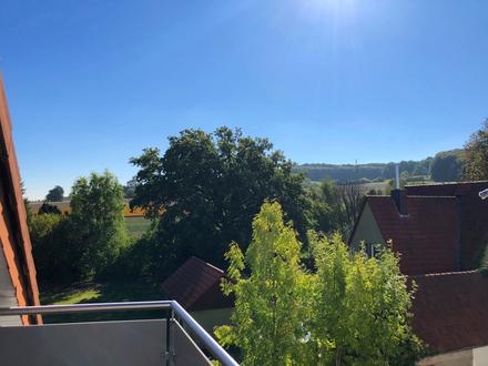 Helle Dachgeschosswohnung - Eigentum im Grünen
