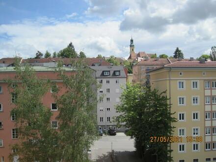 Schöne, geräumige drei Zimmer Wohnung im Zentrum von Passau