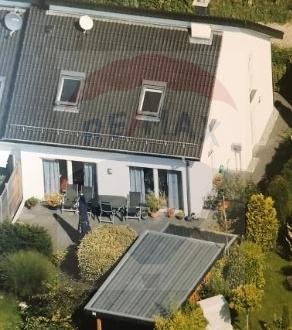 Schöne Doppelhaushälfte mit Steingarten in Herford zu verkaufen!