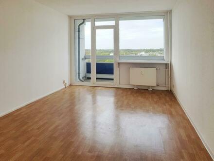 Hoher Komfort durch Aufzug und Balkon in Ihrer neuen 3 Zimmer Wohnung! - Mit Gutschein*
