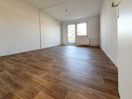 ***Schöne helle Wohnung für Familien*** + 300 EUR Gutschein*