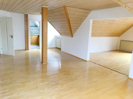 3,5 ZKB ca. 120 m² sofort 3,5 Zimmer Bio-Wohnung in schöner ruhiger Lage...