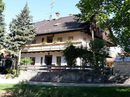Eigenheim in ruhiger Lage mit Garten und Doppelcarport!